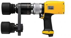 LMP61 HR100-13 : Pneumatic, reversible, non shut-off, pistol grip nutrunner