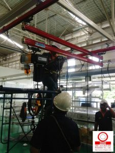 Yale Electric Chain Hoist with Top Hook, Model CPV 2-8, 250 Kgs